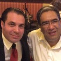 Mauricio López, Presidente del PRI del D.F. (2015) y Efraín Martínez, Consultor Político.