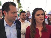 Ana Gabriela Guevara Espinoza, Exatleta Campeona Mundial y Diputada Federal y Efraín Martínez Figueroa, Consultor y Estratega Político.