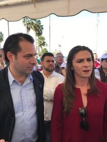 Exatleta Campeona Mundial y Sen. Ana Gabriela Guevara Espinoza y Efraín Martínez Figueroa, Consultor y Estratega Político.